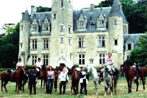 Toute la gang at Château de Coulaine