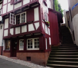 A shop in a building which dates from 1497