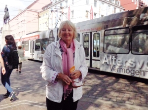 Diane immediately before being attacked by a tram